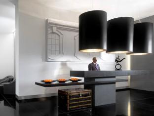 Grosvenor House Apartments by Jumeirah Living Beach Resort Deals