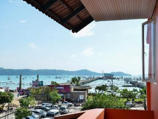 The Orange Pier Guesthouse Phuket - View