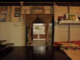 Ban Yaai Homestay Bangkok - Interior
