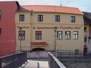 Penzion & Apartments U Cerneho Orla