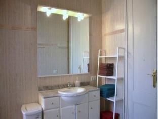BP Escudillers Pasatge - Ramblas Apartment Barcelona - Bathroom