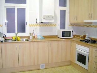BP Escudillers Pasatge - Ramblas Apartment Barcelona - Kitchenette