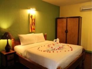 Kamala Cocohut Resort Phuket - Hotellihuone