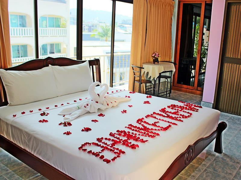 Hotell Baan Ketkeaw i Patong, Phuket. Klicka för att läsa mer och skicka bokningsförfrågan