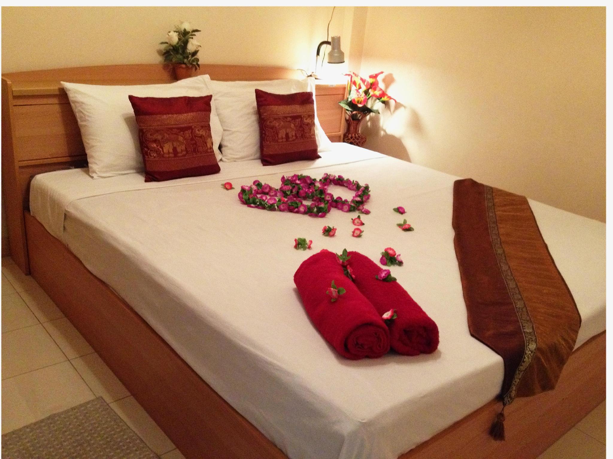 Hotell Honey Bear Guesthouse i Patong, Phuket. Klicka för att läsa mer och skicka bokningsförfrågan