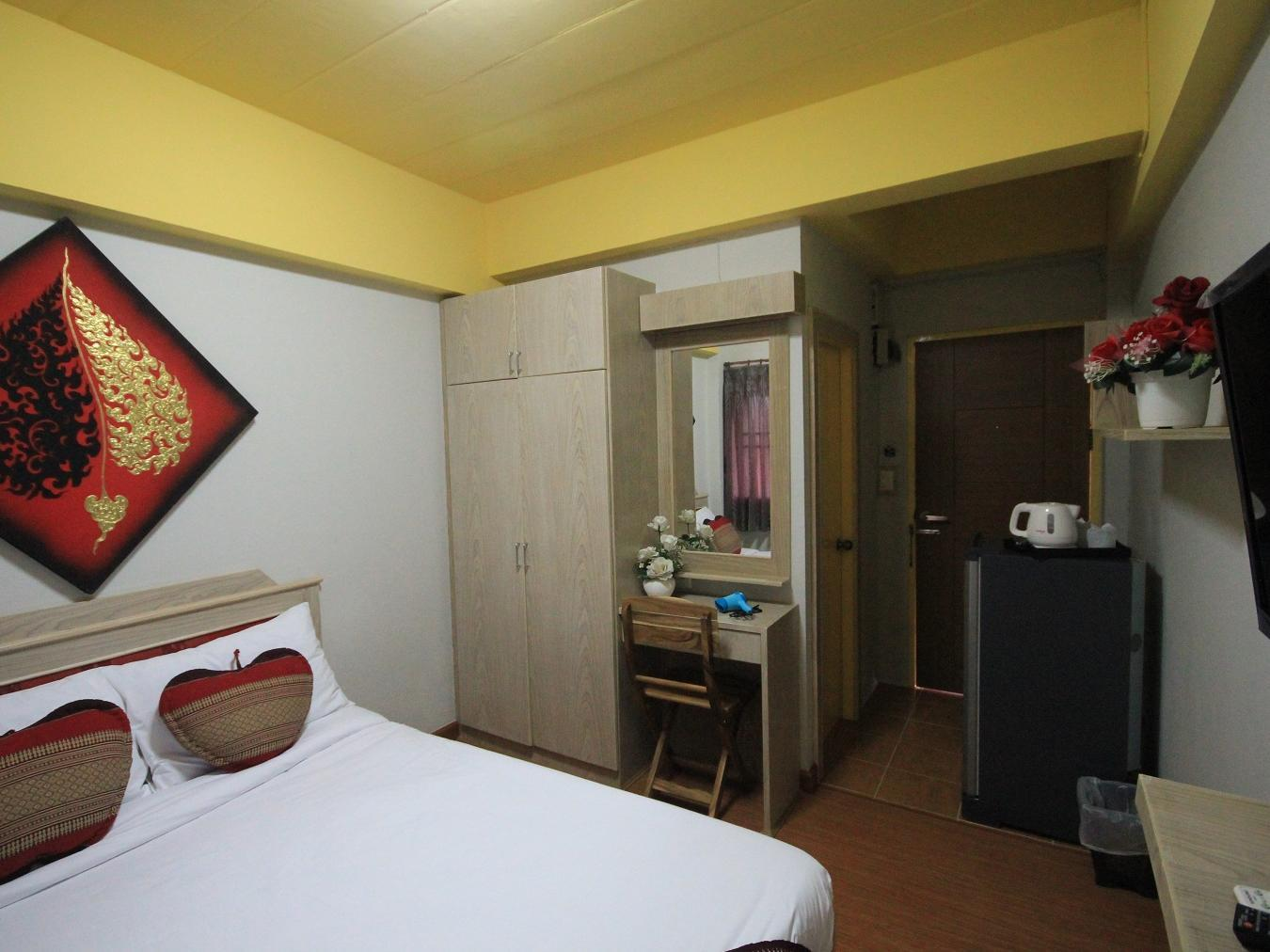 Home Place Hotel - Hotels and Accommodation in Thailand, Asia