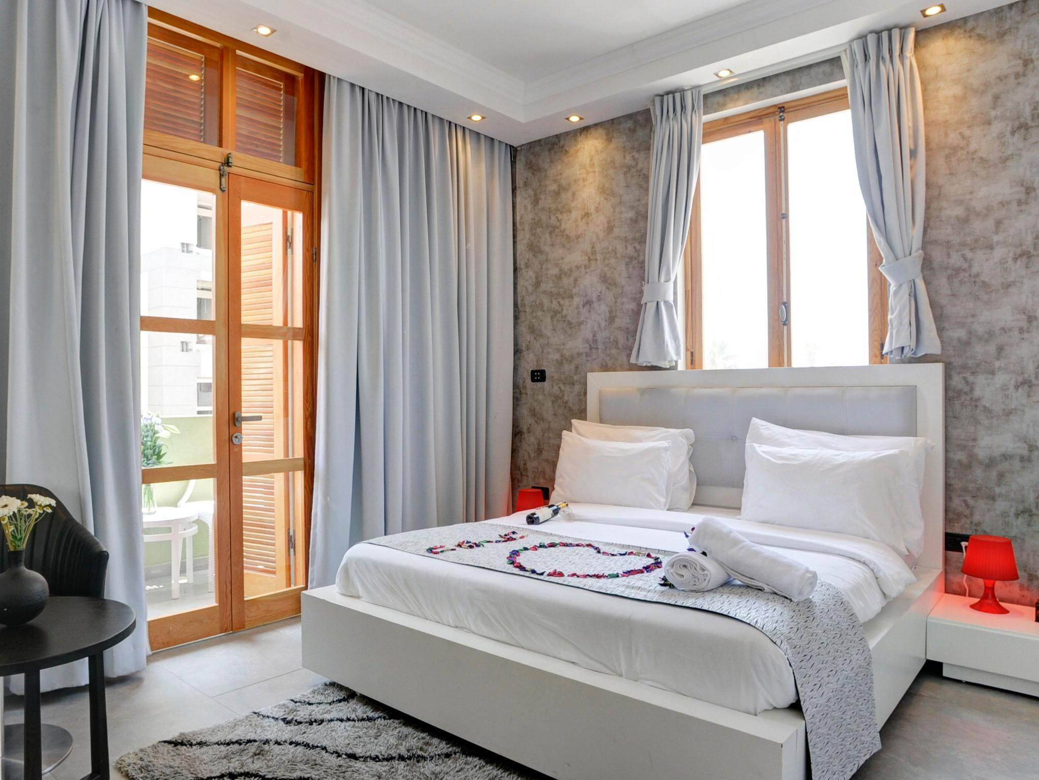 Residence Suites - Hotels and Accommodation in Israel, Middle East
