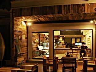 Chan-neung Cafe&beds