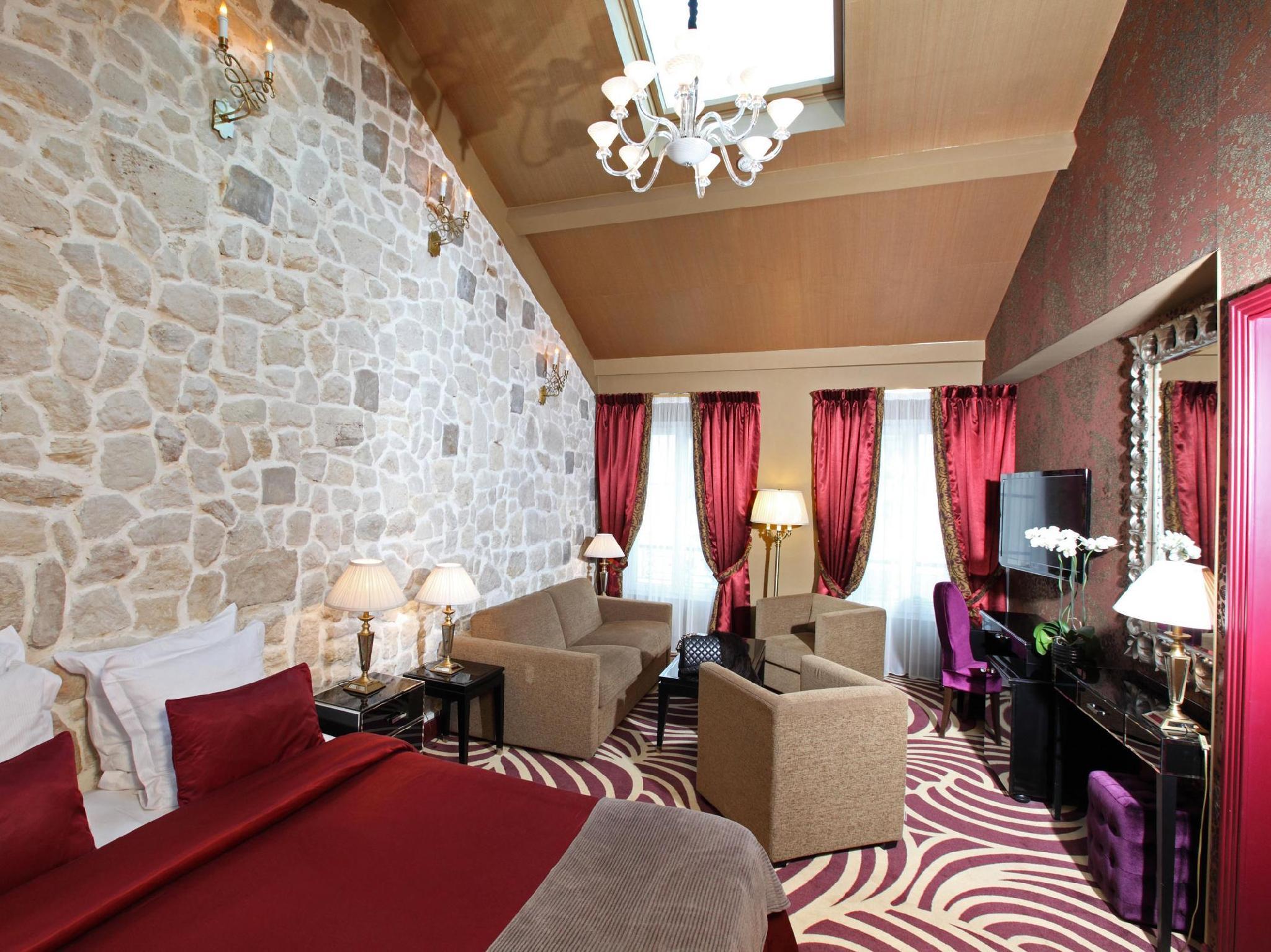 Hotel Le Squara - Hotell och Boende i Frankrike i Europa