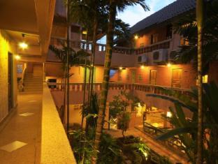 Casa Brazil Homestay & Gallery Phuket - Hotel Interior