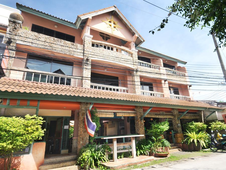 Hotell Casa Brazil Homestay   Gallery i Karon, Phuket. Klicka för att läsa mer och skicka bokningsförfrågan