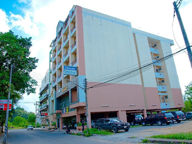 Hotell Sripinunt Hotel i , Hat Yai. Klicka för att läsa mer och skicka bokningsförfrågan