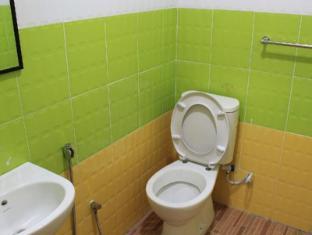 Bangi Lanai Hotel Kuala Lumpur - Bathroom