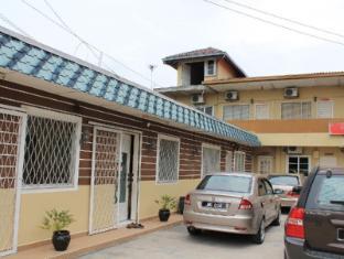 Bangi Lanai Hotel Kuala Lumpur - Car Park