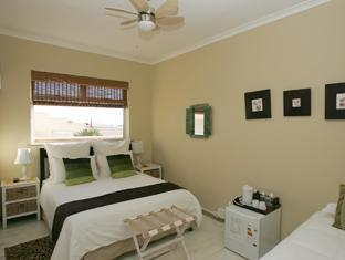 Dolphin Inn Guesthouse Cape Town - Standard Double or twin room