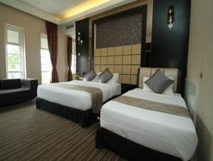 The Sterling Boutique Hotel Malacca - Superior Family Suite with Jacuzzi