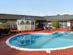 Auckland Airport Inn Auckland - Swimming Pool