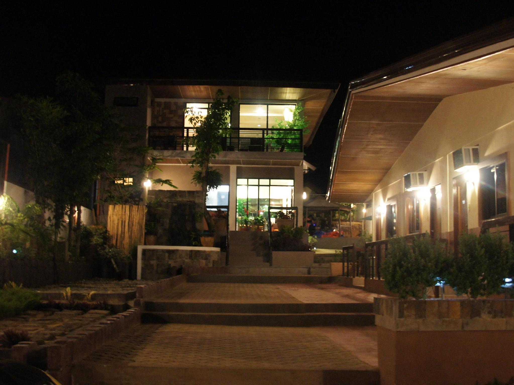 St. Louie Terraces Lodging House - Hotels and Accommodation in Philippines, Asia