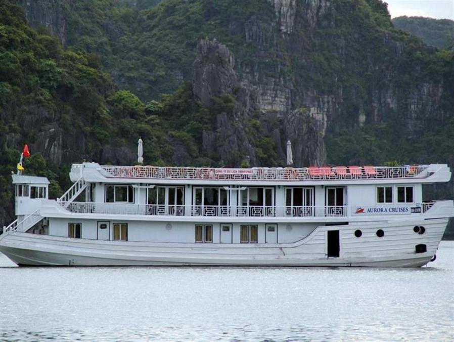Halong Aurora Cruises - Hotell och Boende i Vietnam , Halong