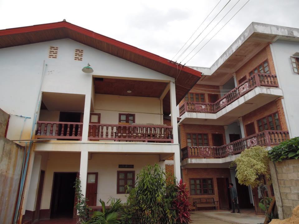 Dokkhoune Guesthouse Xieng Khouang - Exteriér hotelu