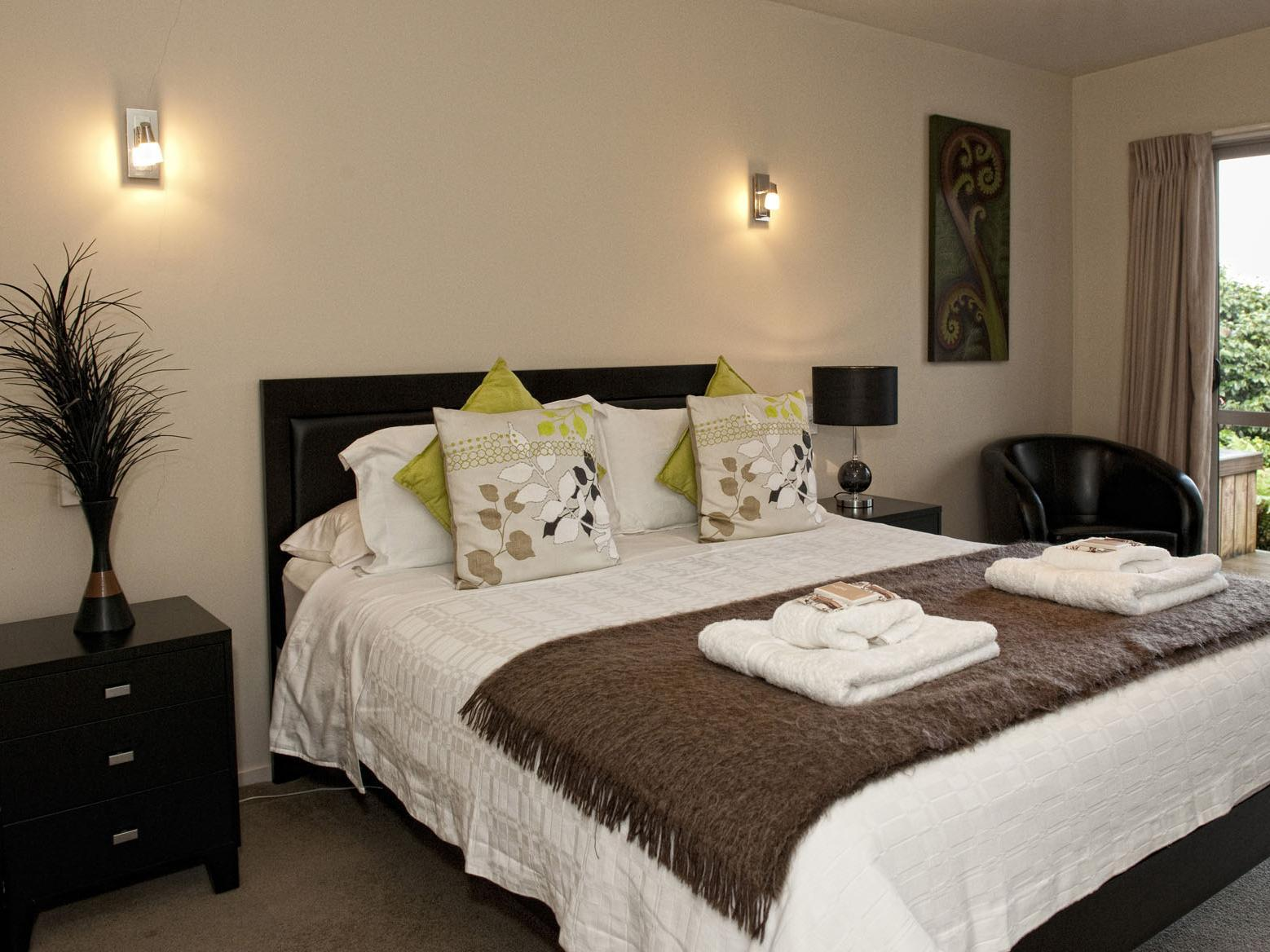 B&B@The Redwoods - Hotels and Accommodation in New Zealand, Pacific Ocean And Australia