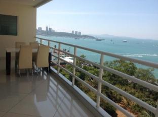 Vtsix Condo Rentals at View Talay 6 Pattaya Pattaya - Sea View Balcony