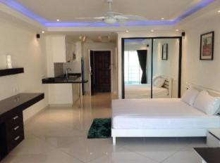 Vtsix Condo Rentals at View Talay 6 Pattaya Pattaya - VIP Luxury Room