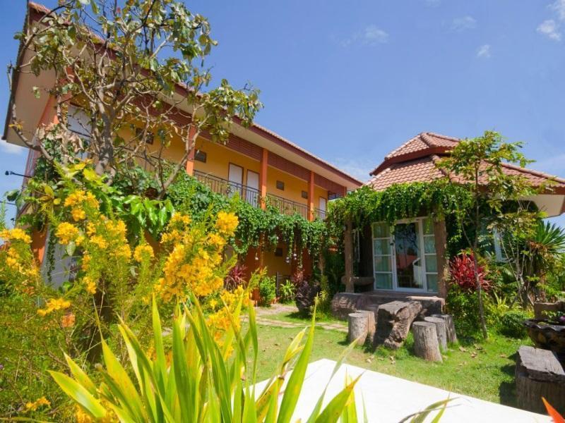 Hotell Baan Nannapas i , Khao Yai / Nakhonratchasima. Klicka för att läsa mer och skicka bokningsförfrågan