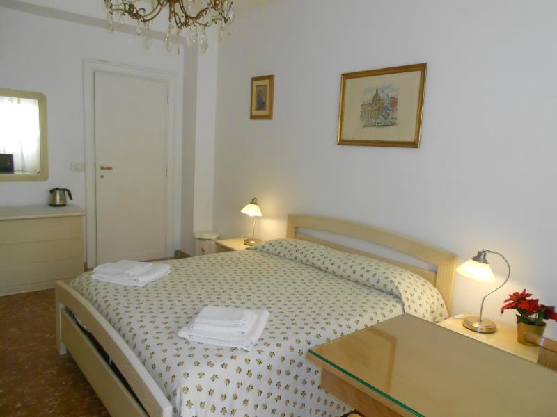 A Casa Chiecchi B & B - Rome
