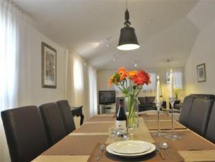 Tamar Residence Hotel Jerusalem - Penthouse dining table