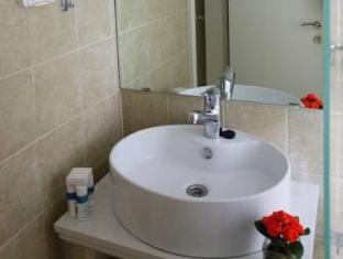 Tamar Residence Hotel Jerusalem - Bathroom