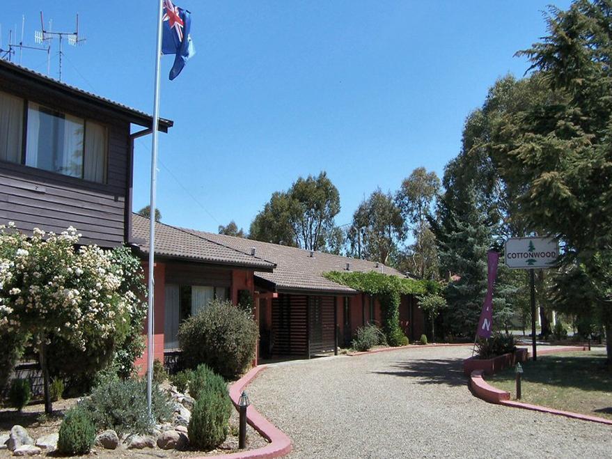 Cottonwood Motel - Hotell och Boende i Australien , Snowy Mountains