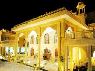3 Palms Hotel Jaisal Vilas