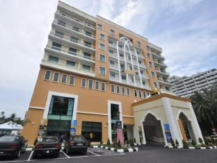 Pantai Puteri Hotel - 3 star located at Jonker Street