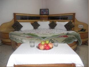 Priyankaa Guest House
