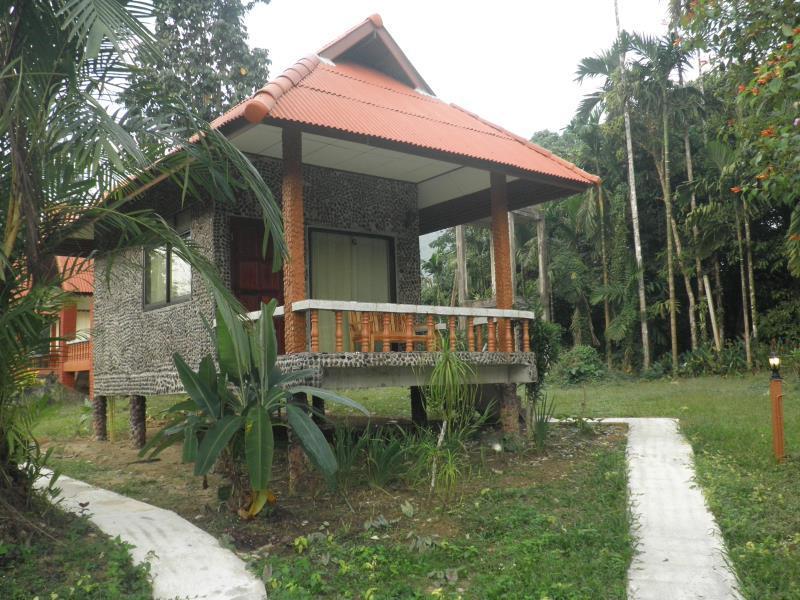 Hotell Baan Rimnam Resort i , Khao Sok (Suratthani). Klicka för att läsa mer och skicka bokningsförfrågan