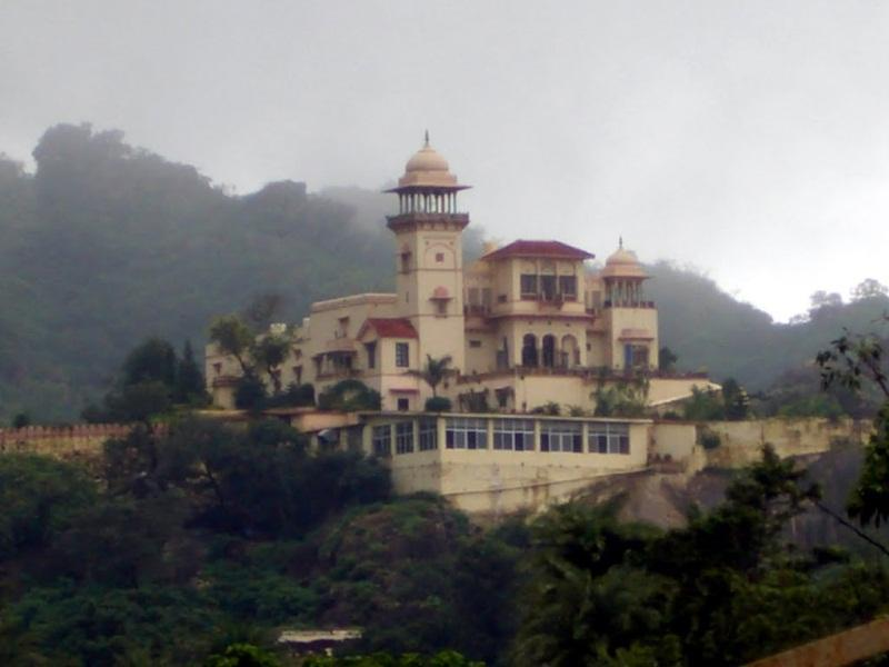 Jaipur House - Mount Abu