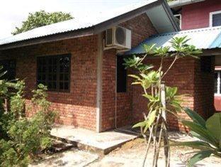 Rom Orchid Garden Homestay Kuching - Kenanga