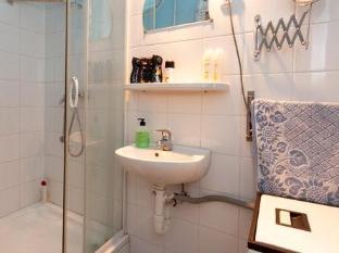 Queen Apartment Budapest - Bathroom