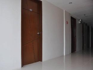 Alto Pension House Cebu - Hallway