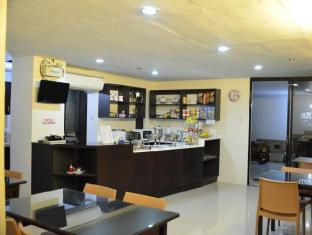 Alto Pension House Cebu - kavarna