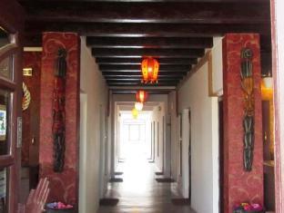 Hotel Srinagar 斯利那加酒店