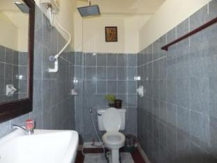 Budchadakham Hotel Vientiane - Μπάνιο