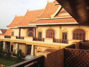 Vangphaikham Hotel
