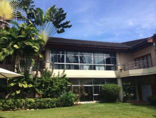 Philippines Hotel Accommodation Cheap | Marco Hotel Cagayan De Oro - Garden
