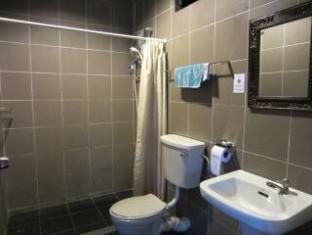 Brookes Terrace Кучинг - Ванная комната