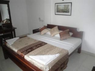 Neo Holiday Home Colombo - soba za goste