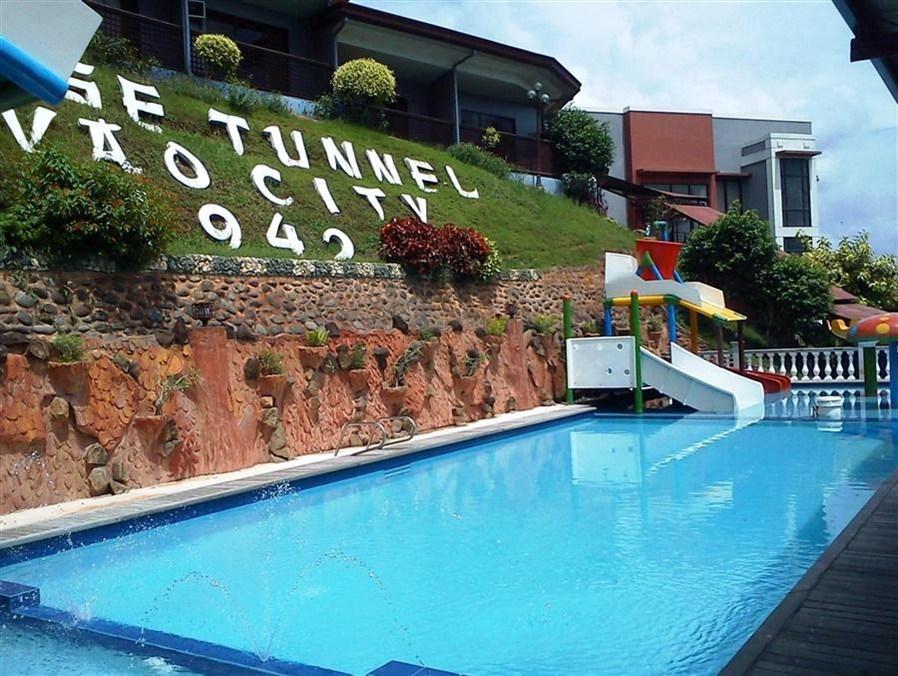 D'Japanese Tunnel Family Resort