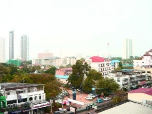 Tassanee Garden Lodge Pattaya - View