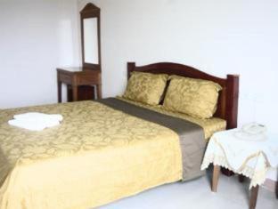 Tassanee Garden Lodge Pattaya - Standard Double Bed